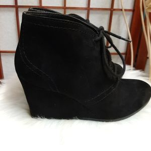 Arizona wedge black faux Suede lace up ankle boots